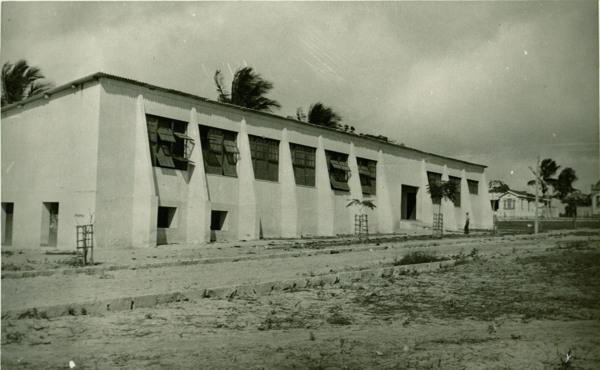 Grupo Escolar Antonio Bahia : Conceição do Coité, BA - 1957