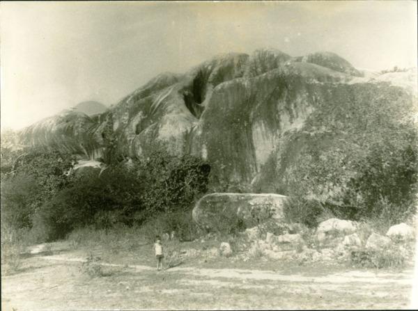 Pedra da Igreja : Coronel João Sá, BA - [19--]
