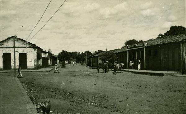 Rua Doutor Mário Augusto Teixeira de Freitas : Cotegipe, BA - 1957
