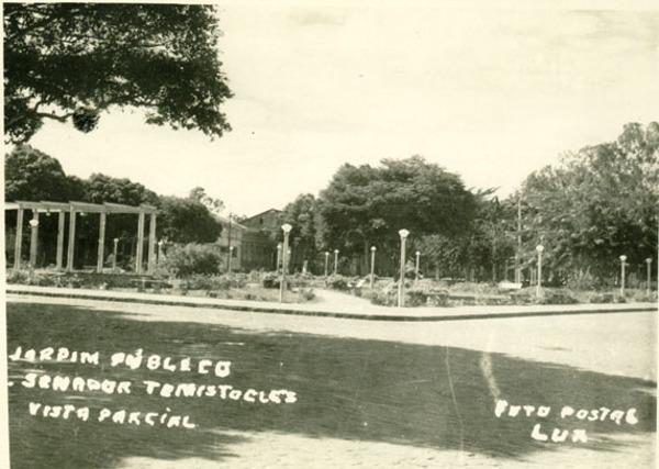 Praça Senador Temístocles : Cruz das Almas, BA - [19--]