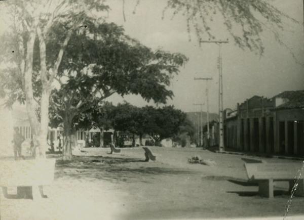 Praça Gil Proconio Lapa : Elísio Medrado, BA - [19--]