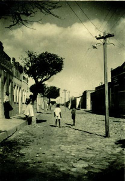 Avenida Cotegipe : Gentio do Ouro, BA - [19--]