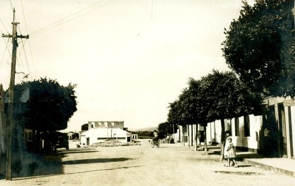 Rua 2 de Julho : Guanambi, BA - [19--]