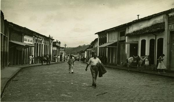 Vista parcial da cidade : Laje, BA - 1957