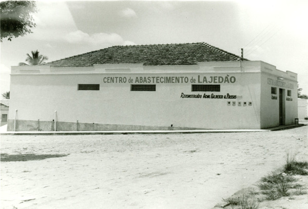 Centro de abastecimento : Lajedão, BA - [19--]