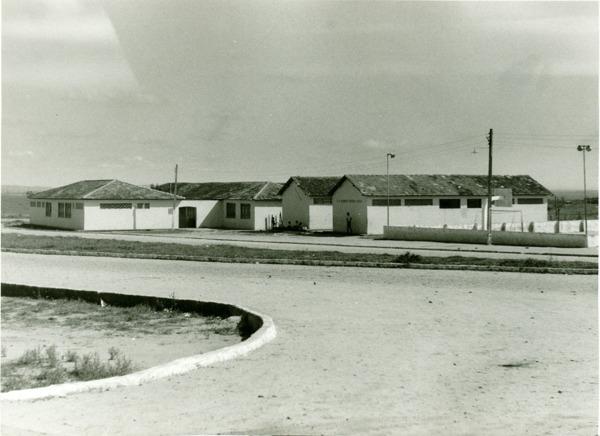 Complexo Escolar Antonio Carlos Magalhães : Lajedão, BA - [1972]