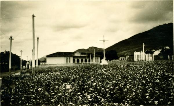 Praça da Bandeira : Monte Santo, BA - 1957