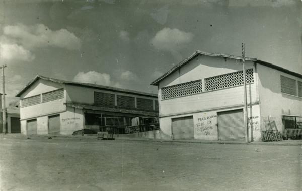 Mercado municipal : Ibiassucê, BA - [19--]
