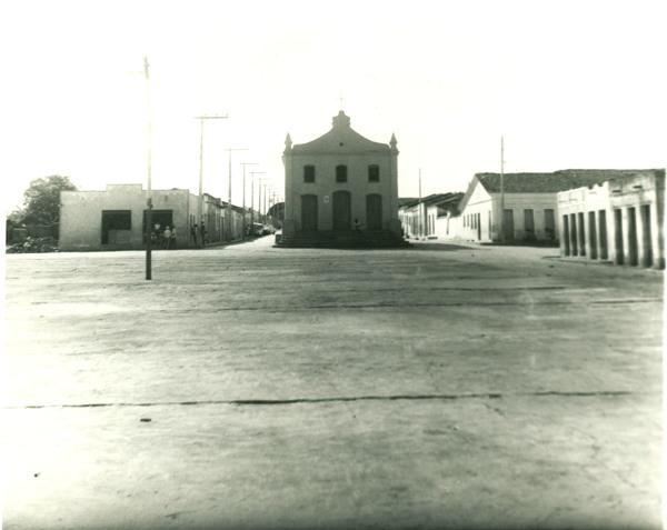 Praça do Comércio : igreja matriz : Ibipitanga, BA - [19--]