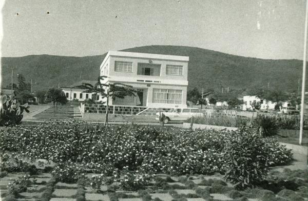 Prefeitura Municipal : Palmas de Monte Alto, BA - [19--]