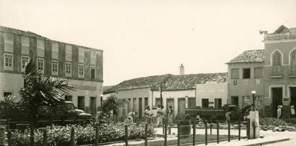 Praça Doutor José Gonçalves : Palmeiras, BA - [19--]