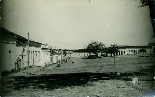 Praça Santo Antônio : Paramirim, BA - [19--]