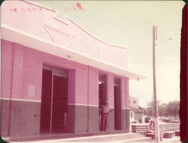 Mercado municipal : Nova Itarana, BA - 1983