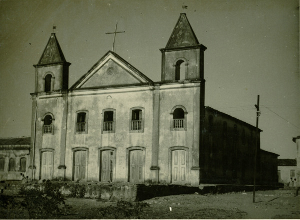 Igreja matriz : Pilão Arcado, BA - 1957
