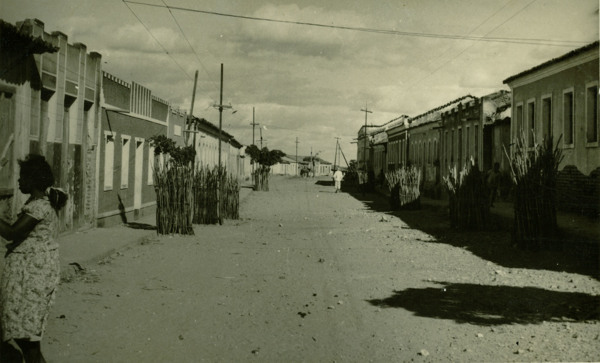 Rua Barão do Rio Branco : Pilão Arcado, BA - 1957