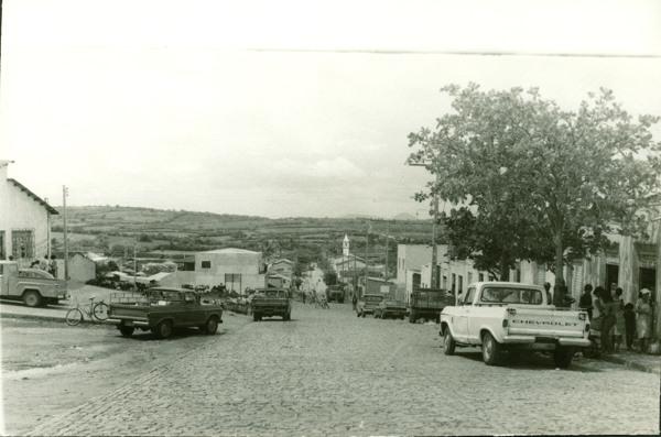 Avenida Tibério Fausto : Pindaí, BA - [19--]