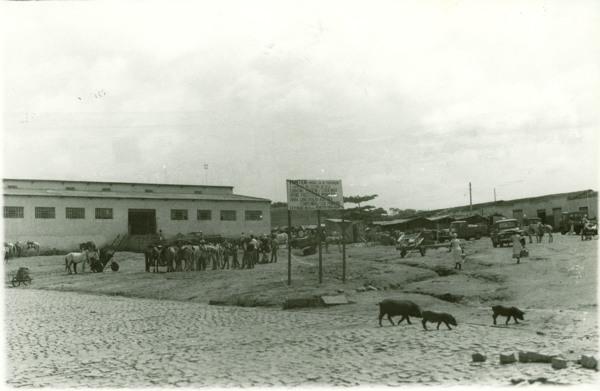 Praça do mercado : Pindaí, BA - [19--]