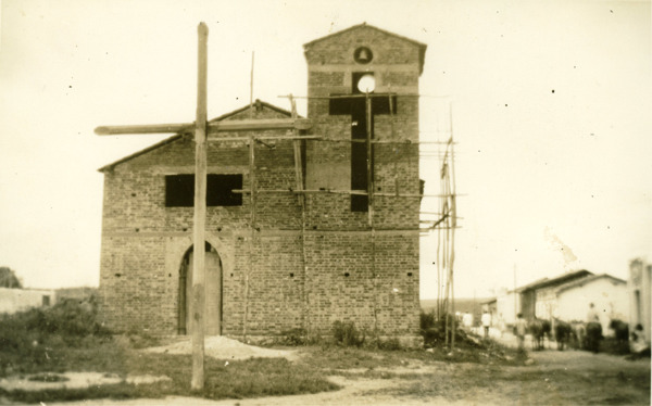 Igreja de Santa Terezinha : Potiraguá, BA - 1957