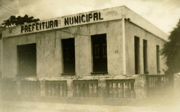 Prefeitura Municipal : Potiraguá, BA - [19--]