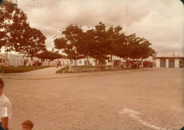Praça da Bandeira : Potiraguá, BA - [19--]