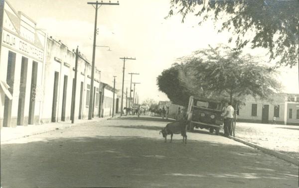 Avenida Manoel Vitorino : Remanso, BA - [19--]