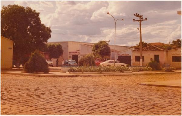 Praça Municipal : Riachão das Neves, BA - [19--]