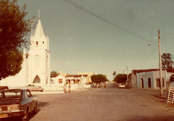 Igreja Matriz de Santo Antônio de Pádua : Rua Coronel Benevides de Andrade : Queimadas, BA - [19--]