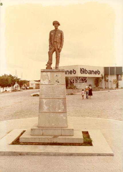 Monumento : Banco Baneb : Queimadas, BA - [19--]