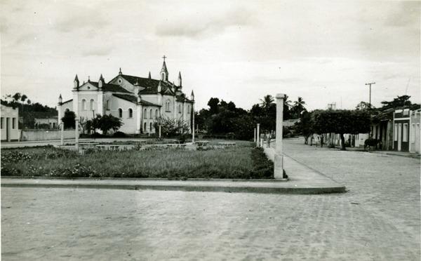 Praça da Bandeira : São Felipe, BA - 1957