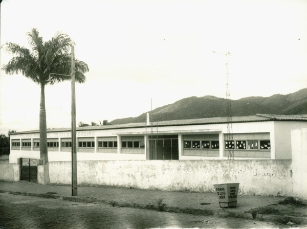 Colégio Municipal Osvaldo Pereira : Saúde, BA - [19--]