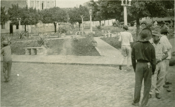 Praça Duque de Caxias : Tucano, BA - 1957