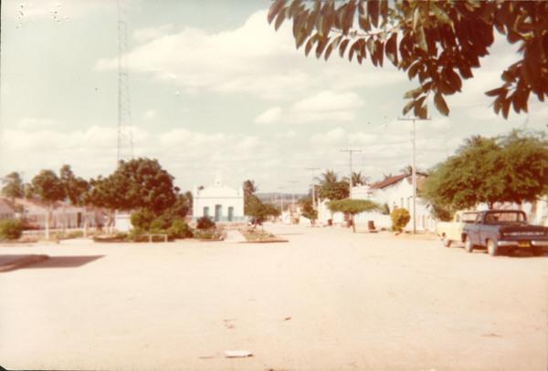 Vista parcial da cidade : Igreja : Uibaí, BA - [19--]