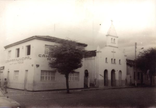 Câmara Municipal : Igreja Nossa Senhora da Conceição : Várzea do Poço, BA - [19--]
