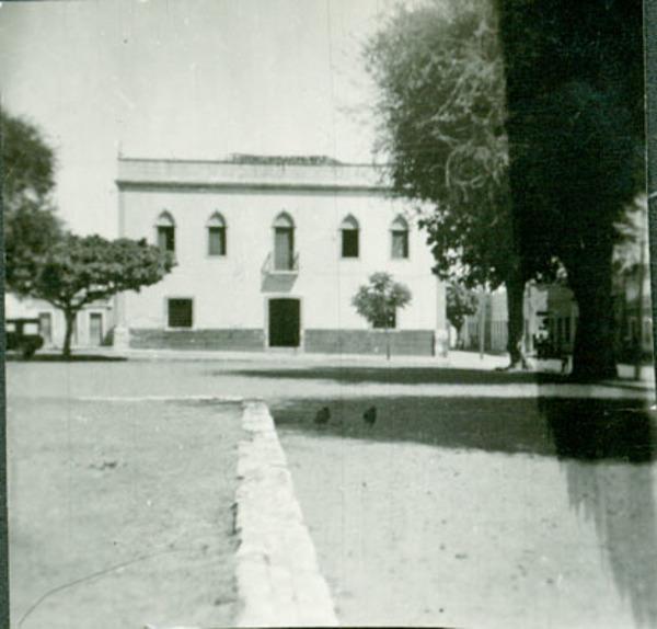 Prefeitura Municipal e Cadeia : Aquiraz, CE - [19--]