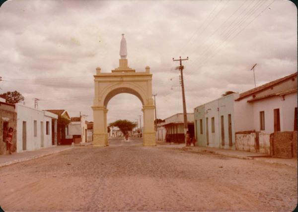 Arco de Nossa Senhora de Fátima : Bela Cruz, CE - [19--]