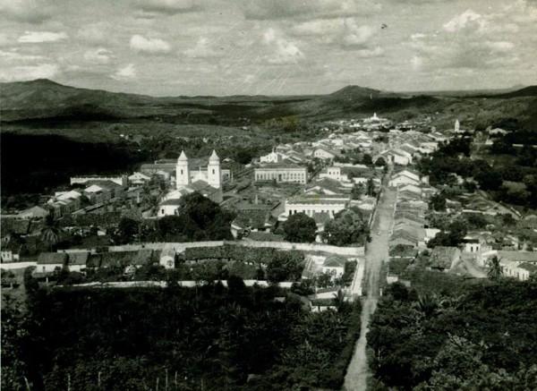 Vista panorâmica da cidade : Baturité, CE - [19--]