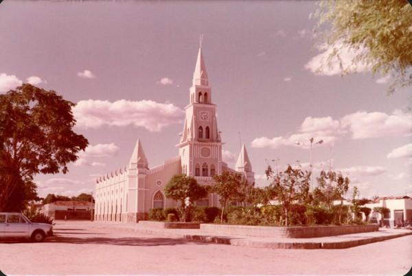 Igreja Matriz do Sagrado Coração de Jesus : Brejo Santo, CE - [19--]