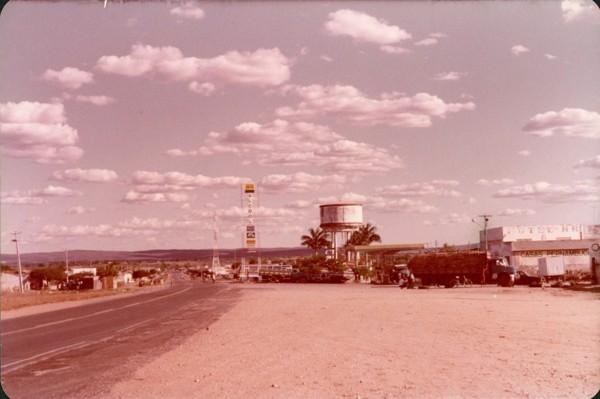 Vista parcial da cidade : Avenida Tiradentes : Brejo Santo, CE - [19--]