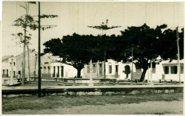 Praça Getúlio Vargas : Cascavel, CE - [19--]