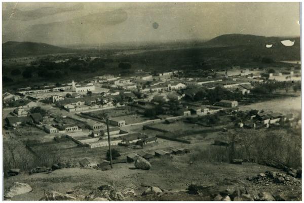 Vista panorâmica da cidade : Ipueiras, CE - [19--]