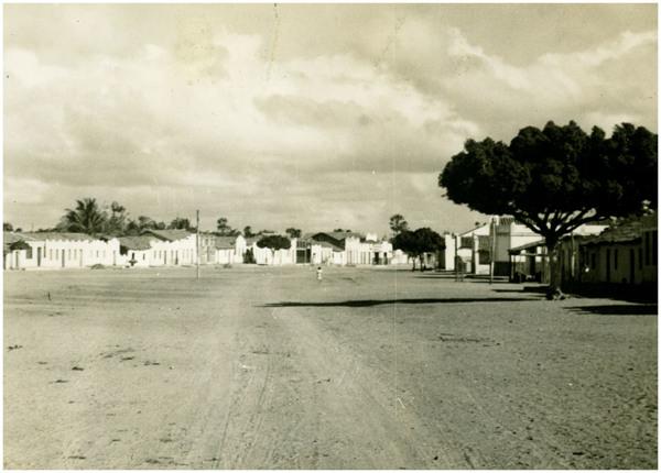 Vista parcial da cidade : Itaiçaba, CE - [19--]