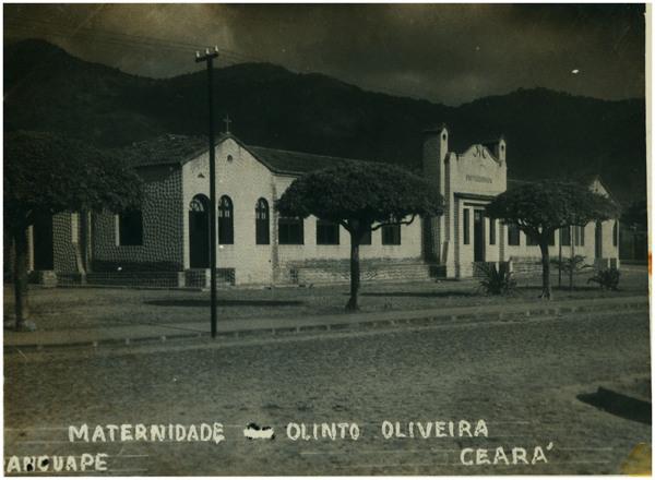 Maternidade Prof. Olinto Oliveira : Maranguape, CE - [19--]