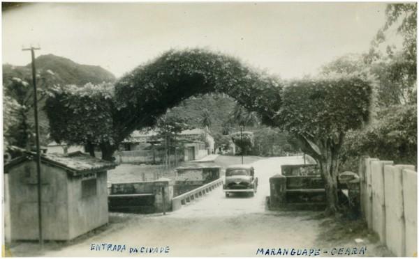 Vista parcial da cidade : ponte : Maranguape, CE - [19--]