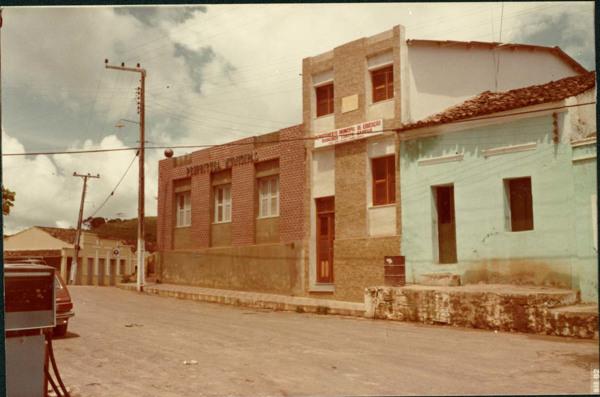 Prefeitura Municipal : Departamento Municipal de Educação Raimundo Lubato Sampaio : Pacoti, CE - 1983