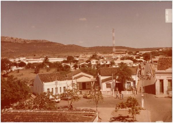 Vista panorâmica da cidade : Tauá, CE - 1983