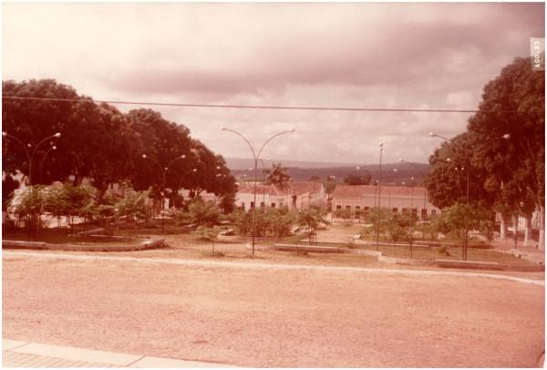 Praça Clóvis Beviláqua : Viçosa do Ceará, CE - 1983