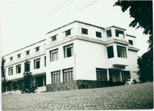 Colégio Santa Terezinha : Barra de São Francisco, ES - [19--]
