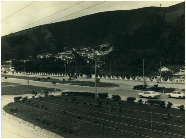 Vista panorâmica da cidade : Ibatiba, ES - [19--]