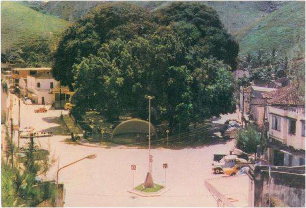 Praça Antônio Guizzardi : Muniz Freire, ES - [19--]