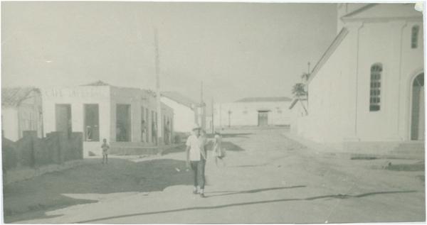 Rua Coronel Vindilino de Lima : Mucurici, ES - [19--]